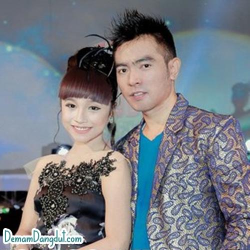 Download Lagu Diyah Safira - Istana Cinta Mp3