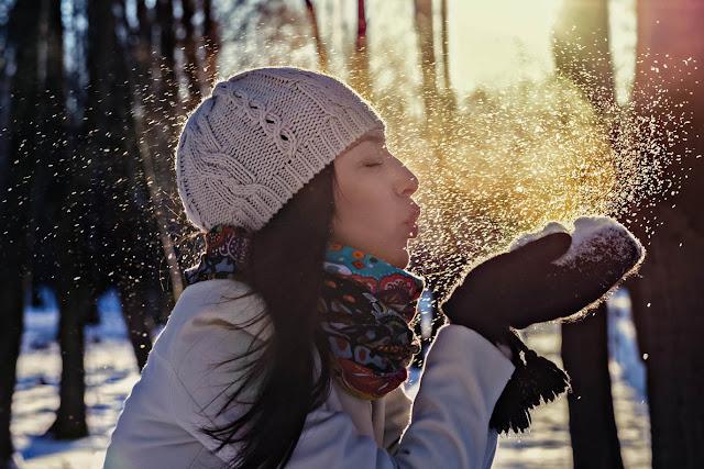 http://ilciuffoblog.blogspot.com/2017/02/come-prendersi-cura-dei-capelli-in-inverno.html