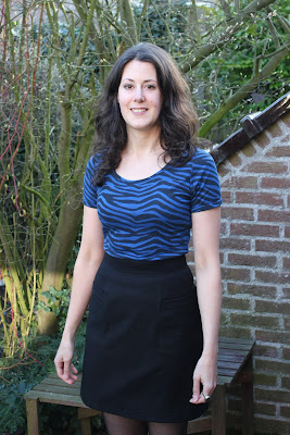 http://misshendrie.blogspot.nl/2017/03/basic-black-skirt.html