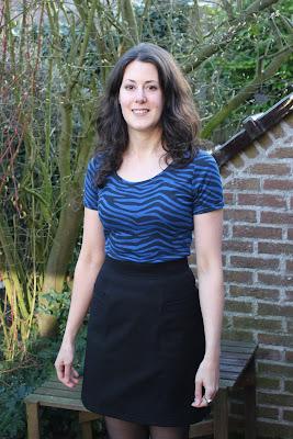 http://misshendrie.blogspot.nl/2017/03/basic-black-skirt.html