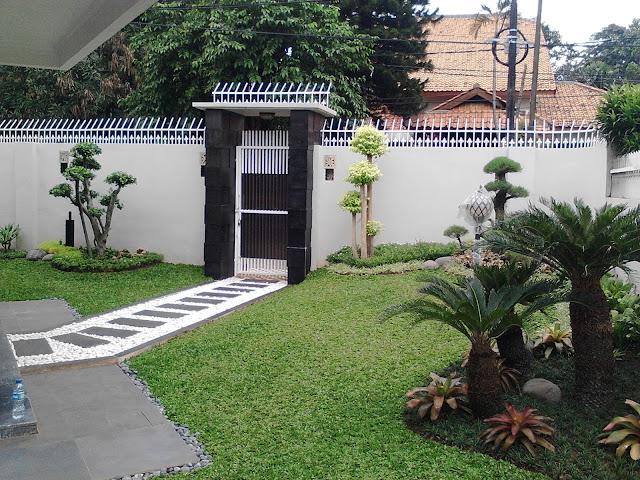 Contoh Desain Taman Minimalis Mewah Depan Rumah