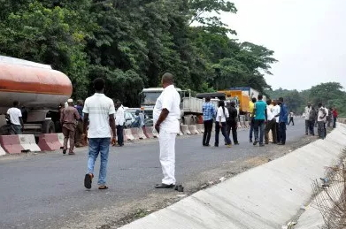 head on collission lagos ibadan road