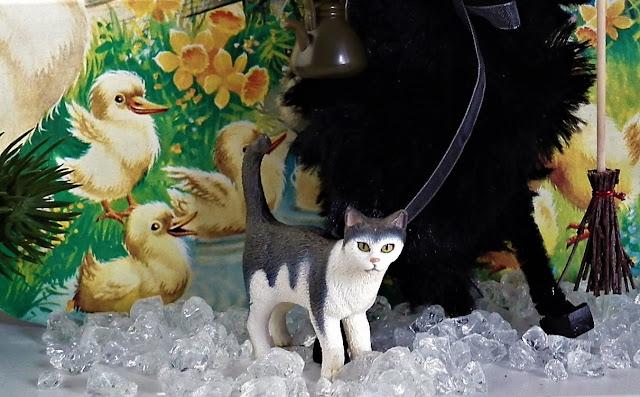 kissa, noita, pääsiäinen, paperitaulu, varpuluuta, satukuva, jääkiteet