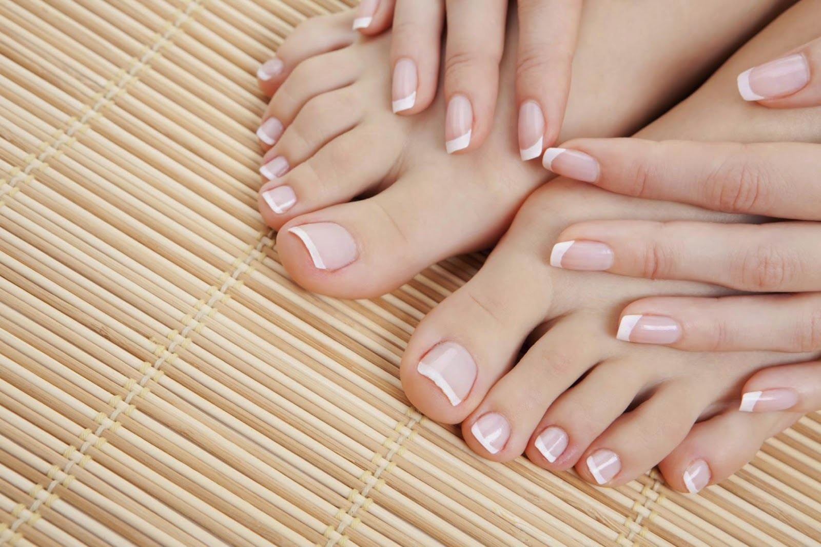 http://weightlossplume.blogspot.com/2014/10/argan-oil-for-perfect-nails.html