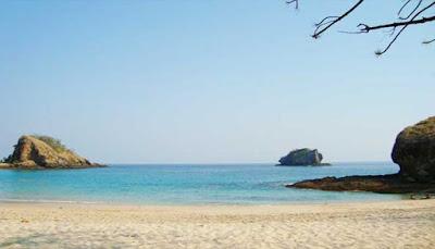Pantai Doreng Sikka