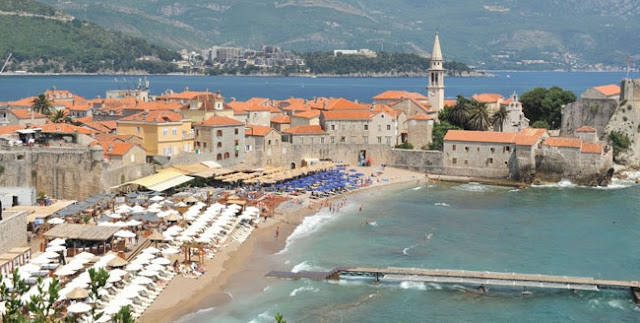 Budva, the city founded by the Illirian heroes Kadmi and Harmoni