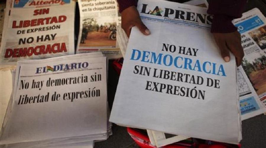 Prensa boliviana, a través de sus tapas, se declaró en emergencia desde la promulgación de la Ley 045 en 2010 con los llamados artículos