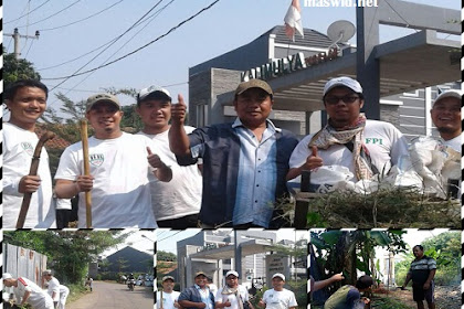 Kerja Bhakti Di Bantu Oleh Aggota FPI Di Kebon Duren Rt 01 / Rw 01 Depok