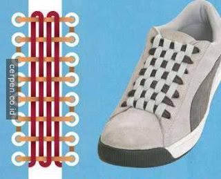 Cara Memasang Tali Sepatu Persegi