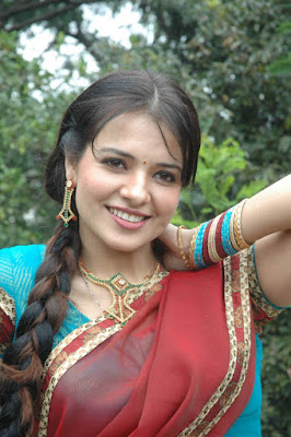 Saloni Aswani Wiki, Height, Weight, Age, Husband, Family and Biography: