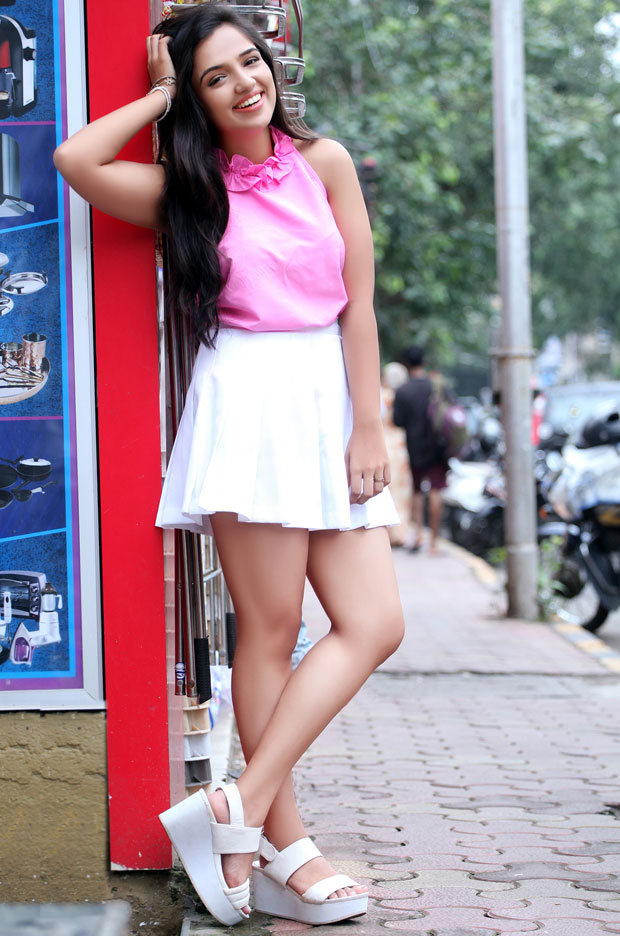 Ahsaas Channa Awesome Cool Photo Gallery