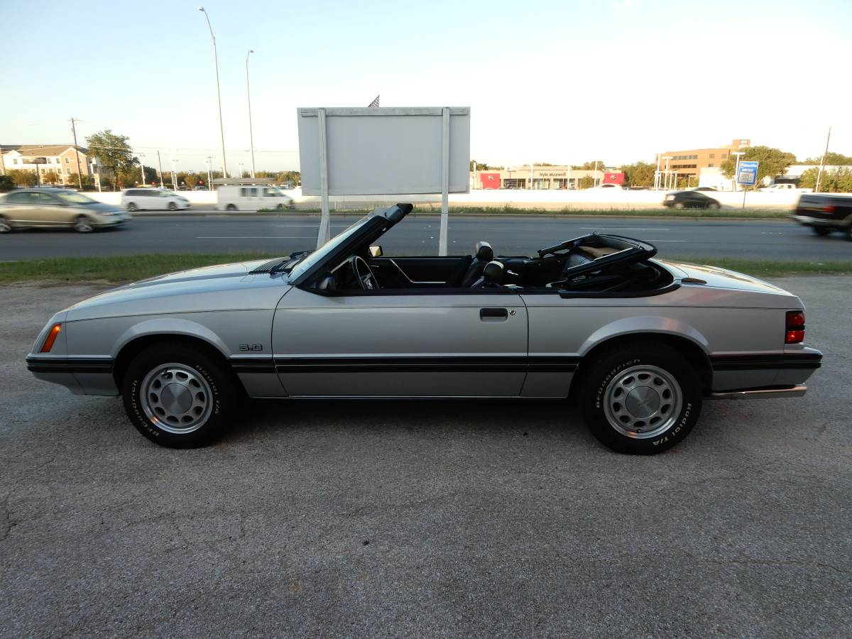 Daily Turismo Foxy Lady 1983 Ford Mustang 50 Convertible Gt Engine You Looking At Brand New Mint Condition 34 K Mile Lots Of Parts 5 Speed Leather Seats In Perfect Shape
