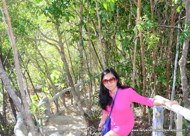 Lady in Latasan Resort Sipalay