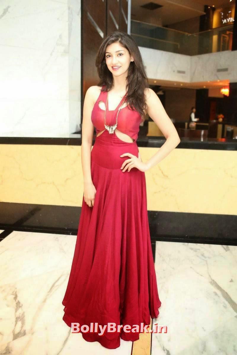Tanvi Vyas Photos, Tanvi Vyas Very Sexy Pics in Long red gown