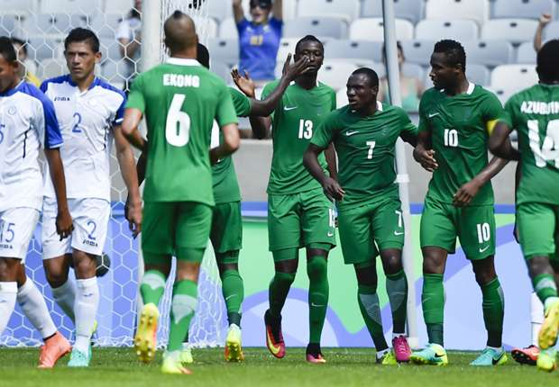 Nigeria team celebrating goal against Honduras