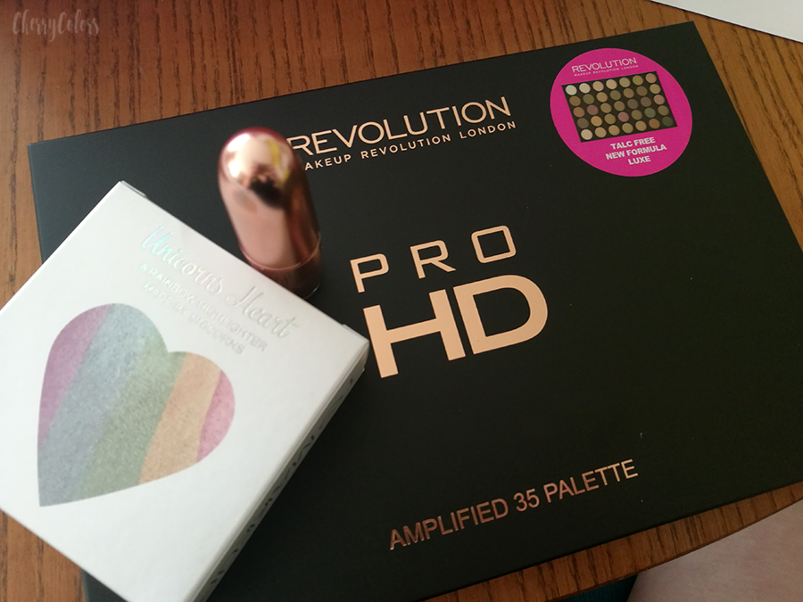 Makeup Revolution PRO HD LUXE palette