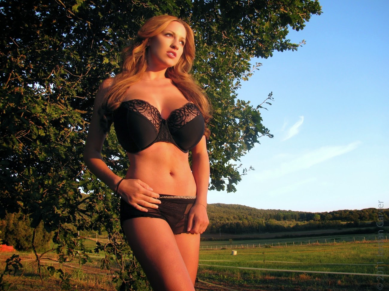 Jordan Carver Big Boobs In Black See Through Bra And Panty -7092