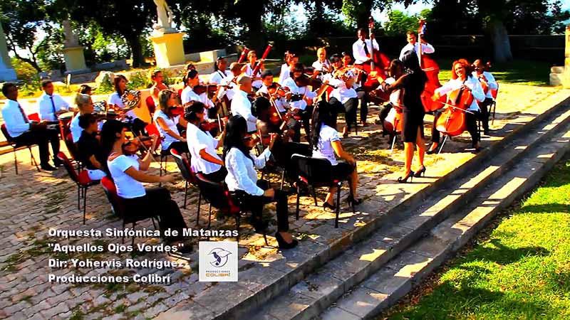 Orquesta Sinfónica de Matanzas - ¨Aquellos ojos verdes¨ - Videoclip - Dirección: Yohervis Rodríguez. Portal Del Vídeo Clip Cubano - 01