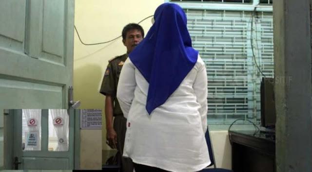 Dijemput suami usai ketahuan ngamar dengan ASN, dosen di Bukittinggi pura-pura kejang