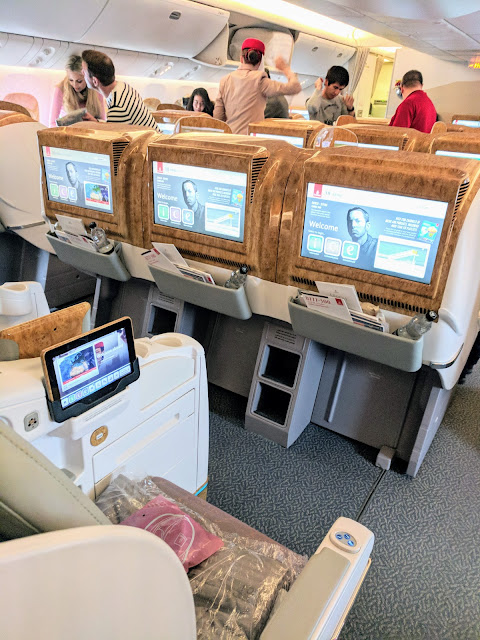 Emirates Business Class 777 service