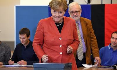 Merkel precisa lidar com xenofobia crescente