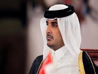 من دون أن يلقي كلمته.. أمير قطر يغادر القمة العربية