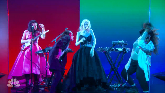 "Why I Can't Get Grimes' Fallon Performance of ""Flesh Without Blood"" Out of My Mind"