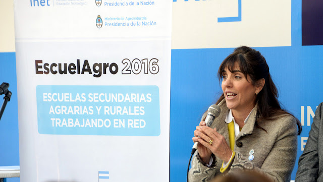 ¿Cuál es el rol de la mujer rural de hoy?, por Victoria Zorraquin Directora de Innovación Tecnológica para Pequeños Productores