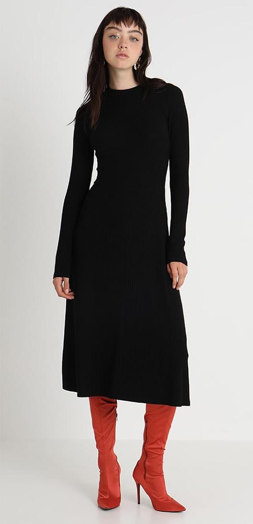 Robe pull longue noire Kiomi