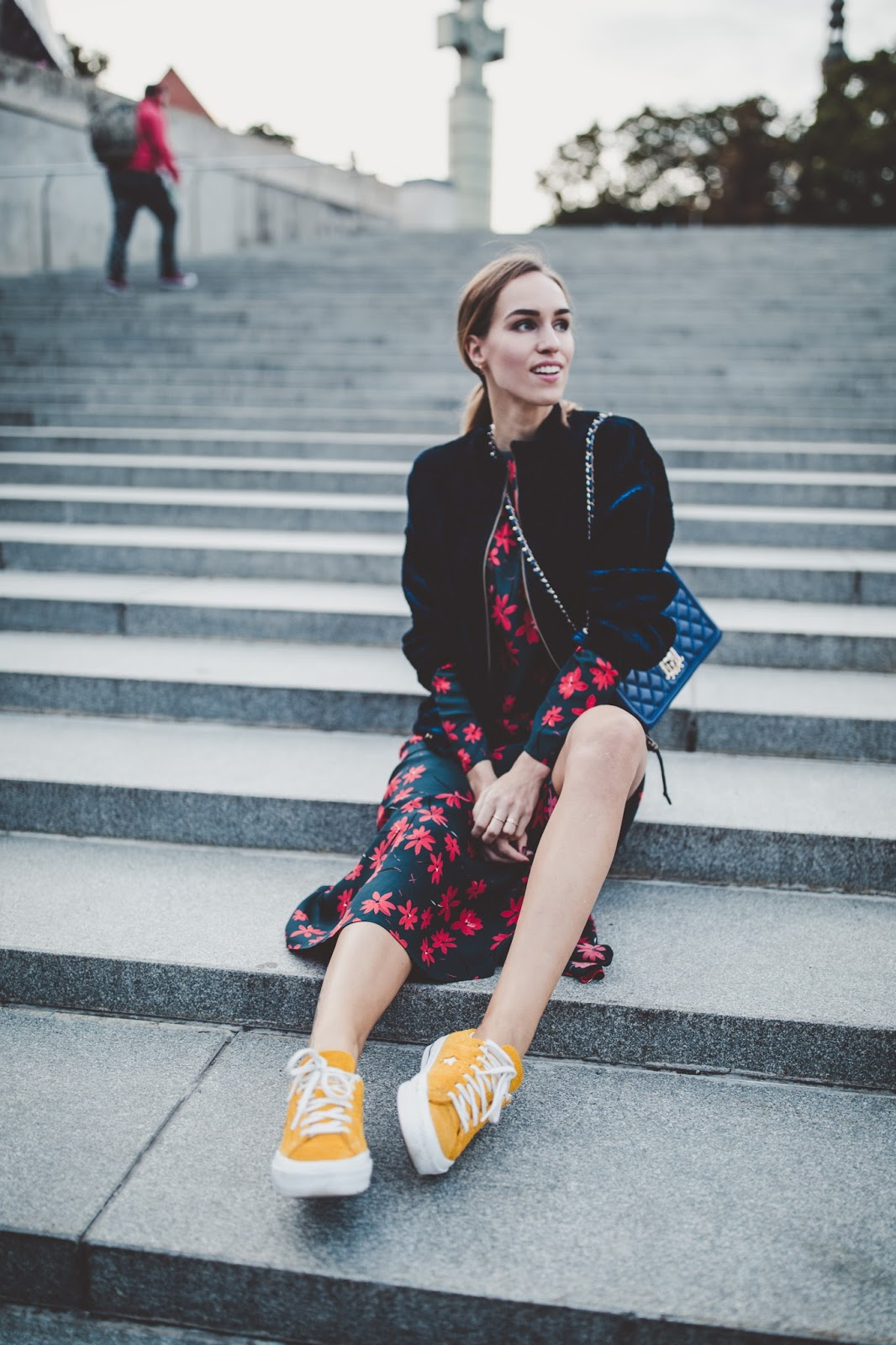 yellow sneakers dress outfit fall