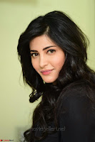 Shruti Haasan Looks Stunning trendy cool in Black relaxed Shirt and Tight Leather Pants ~ .com Exclusive Pics 006.jpg