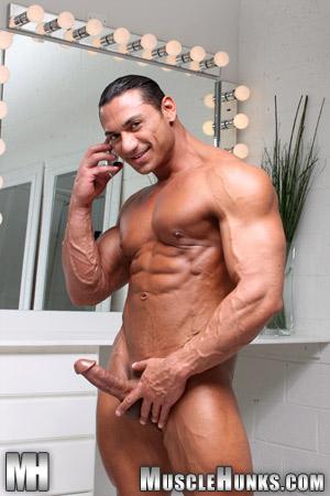 work gay rico elbaz