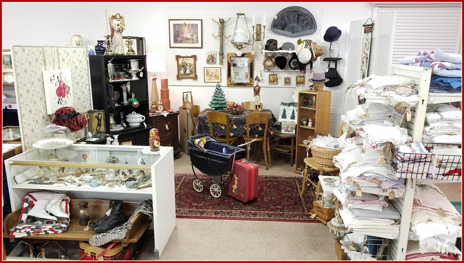 . Panoply  Holiday Booth Displays 2018