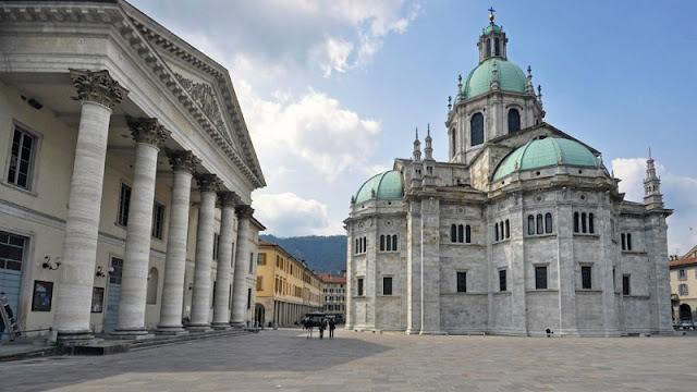 Catedral de Como localizada na região central da cidade