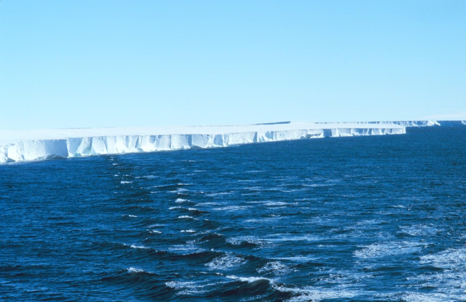 Muralhas de gelo na Antártida