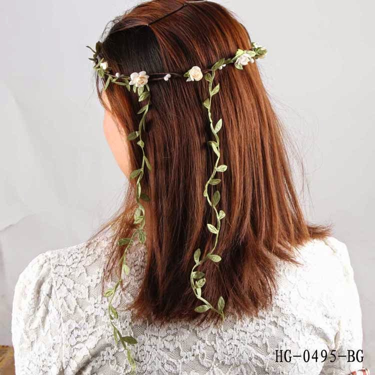 KlarissAddell  Věneček do vlasů béžový 9aa589fff2