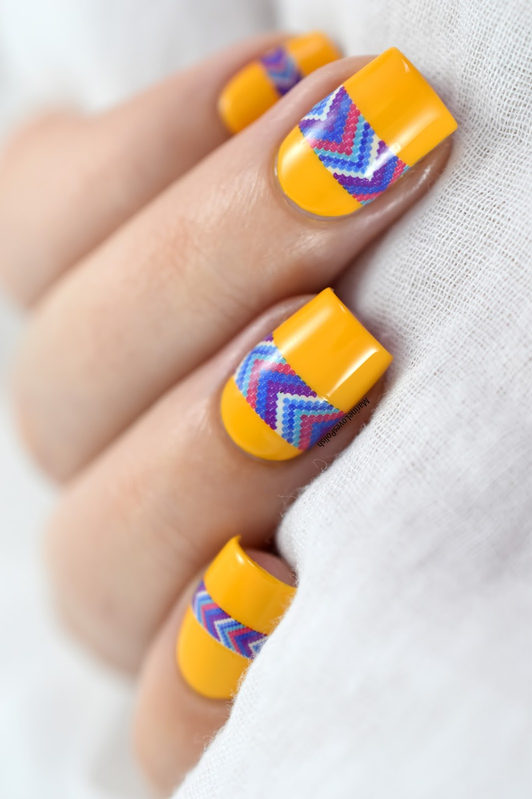 Un nail art azt que facile et rapide c 39 est possible marine loves polish and more blog - Nail art facile et rapide ...