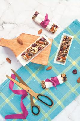 Barrinha de cereal caseira, receita do livro Fru-Fruta