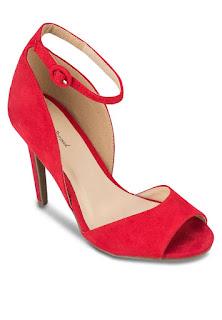 Kasut tumit tinggi, heels, high heels, model, kasut model, qiya, qiya saad