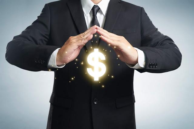 お金の専門家は税理士