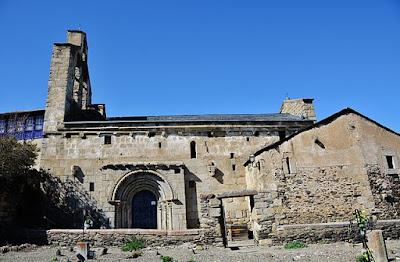 """""""WLM14ES - Esglèsia i Cementiri de Sant Esteve de Guils de Cerdanya - MARIA ROSA FERRE"""" by MARIA ROSA FERRE ✿ from Vilafranca del penedes, Catalunya - Esglèsia i Cementiri de Sant Esteve de Guils de Cerdanya. Licensed under CC BY-SA 2.0 via Wikimedia Commons - https://commons.wikimedia.org/wiki/File:WLM14ES_-_Esgl%C3%A8sia_i_Cementiri_de_Sant_Esteve_de_Guils_de_Cerdanya_-_MARIA_ROSA_FERRE.jpg#/media/File:WLM14ES_-_Esgl%C3%A8sia_i_Cementiri_de_Sant_Esteve_de_Guils_de_Cerdanya_-_MARIA_ROSA_FERRE.jpg"""