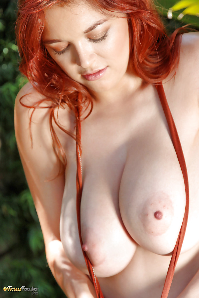 busty-red-hair-touch-daddy-porn