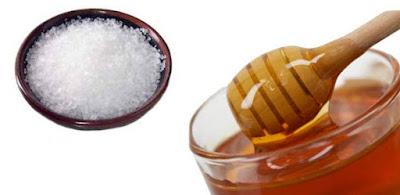 Công thức trị mụn trứng cá hiệu quả với mật ong và muối