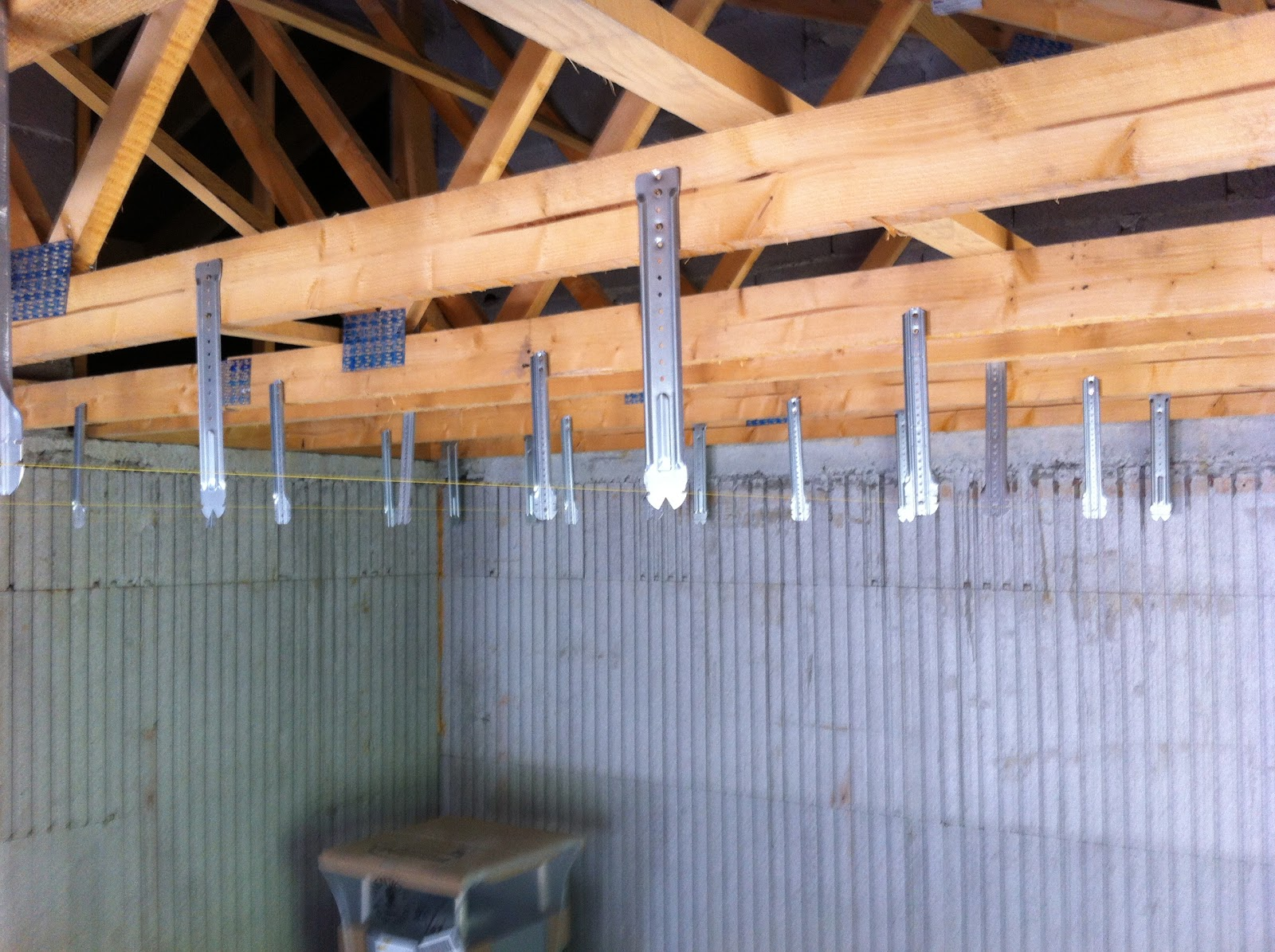 Notre projet maison euromac 2 le plafond en placo - Refaire un plafond en placo ...