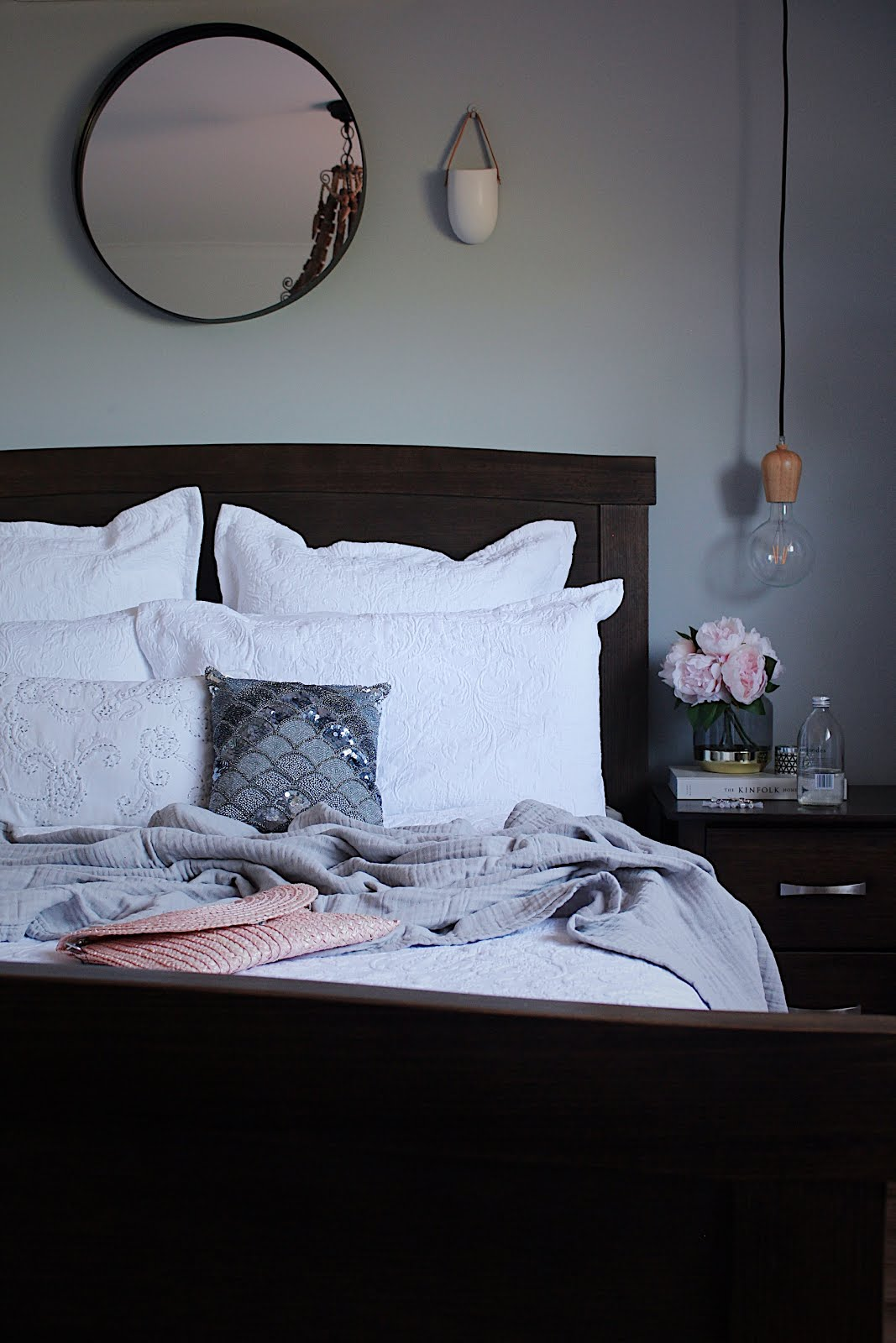 La Maison Jolie Dreamy Linen To Refresh Your Bedroom For A New Season