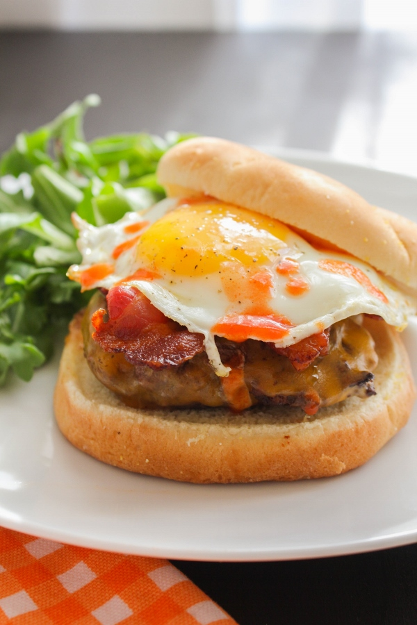The Best Ever Bacon, Egg and Cheese Burger | The Chef Next Door #SundaySupper