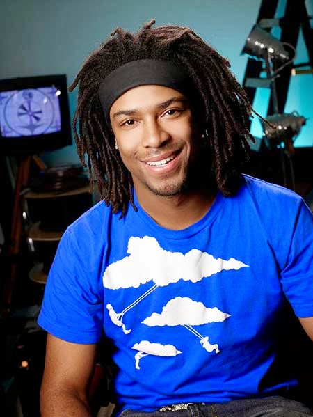 Dreadlocks with a thick headband are the trademarks of this hairstyle. Cool  and refreshing 2b111c742f4