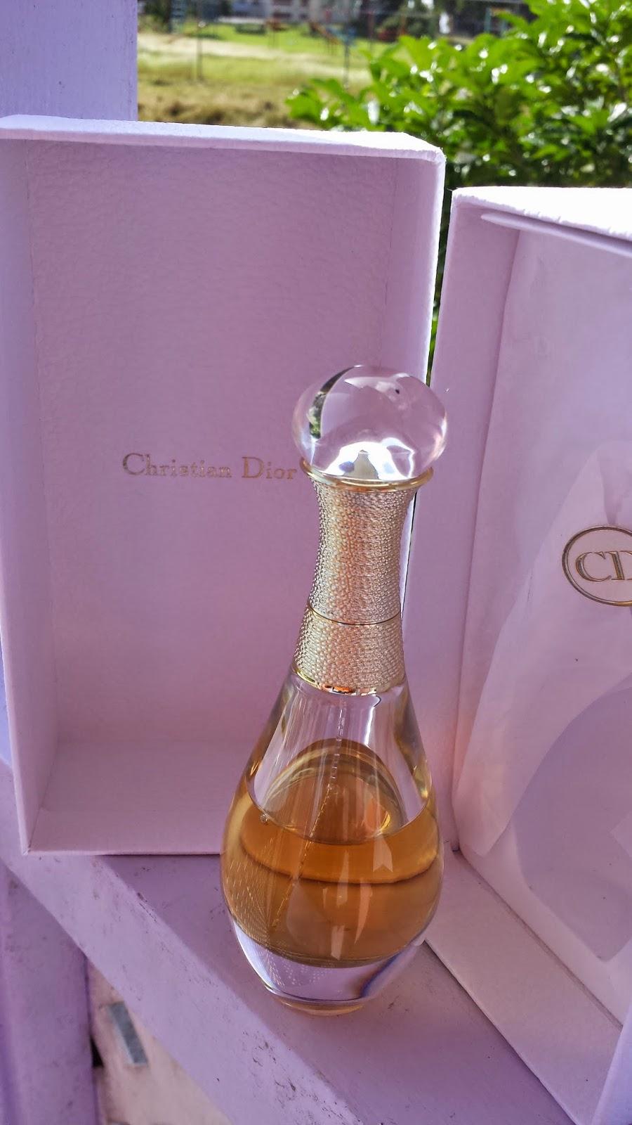 Christian Dior J'adore L'Or - www.modenmakeup.com
