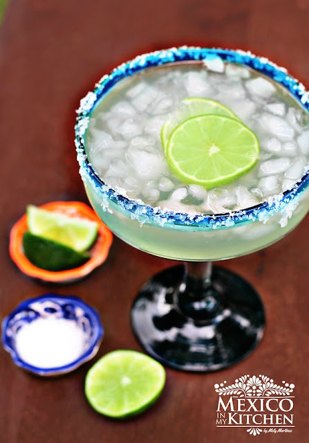 Classic margarita recipe on the rocks