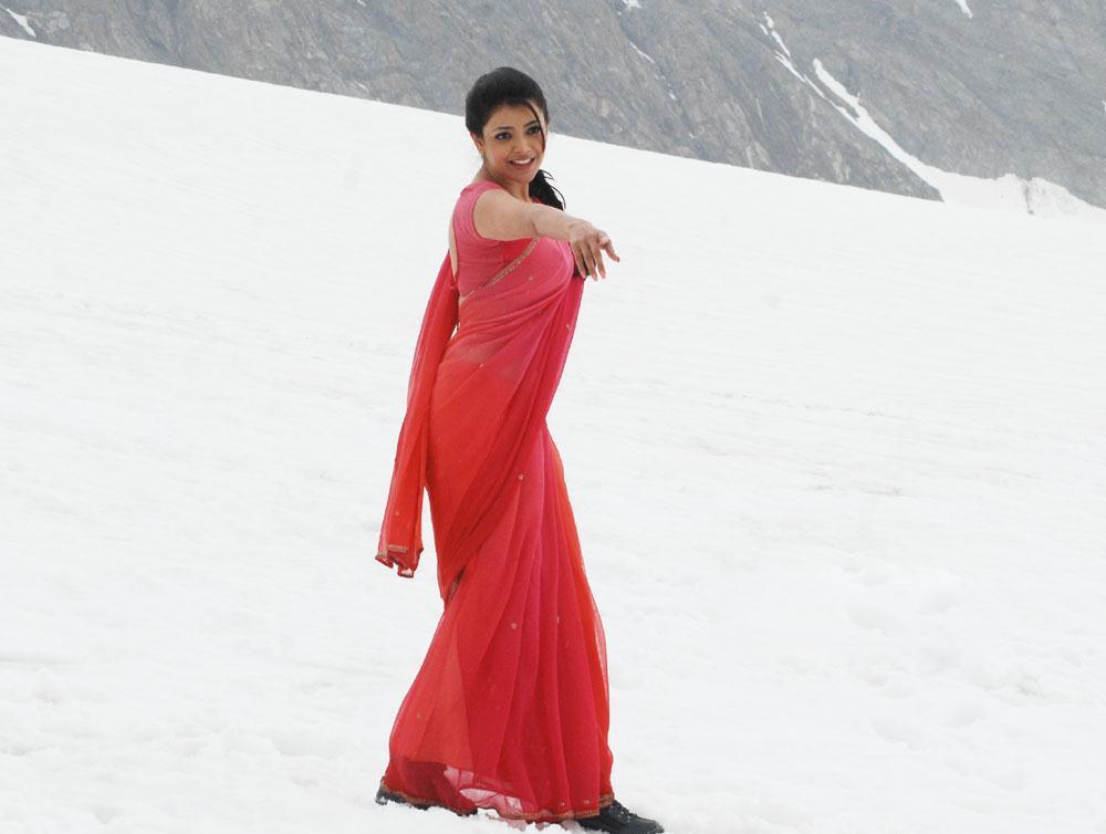 Kajal Agarwal Latest Red Saree Photo Stills In Tupaki